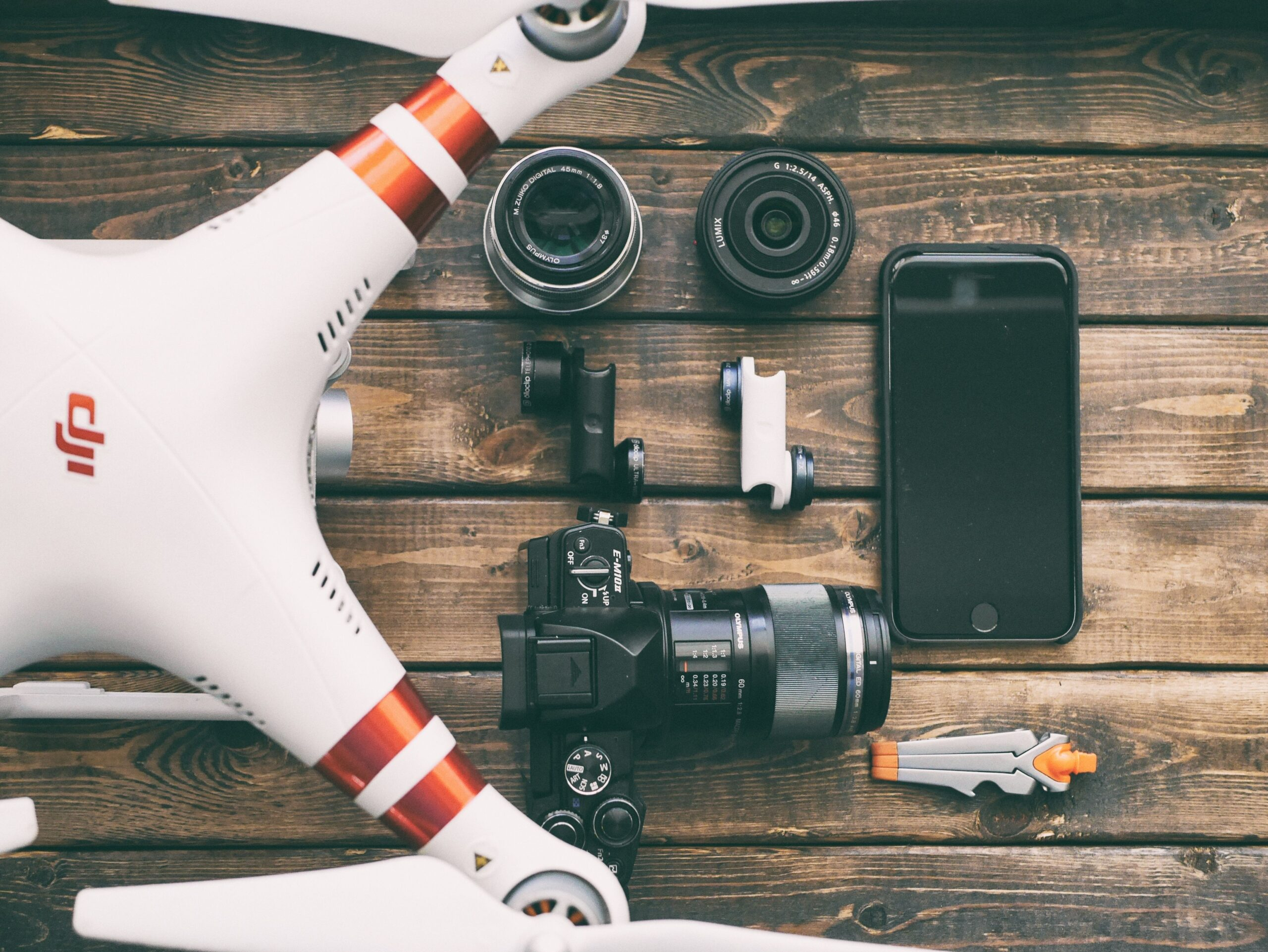 Advice for tech enthusiasts – gadget storing done right